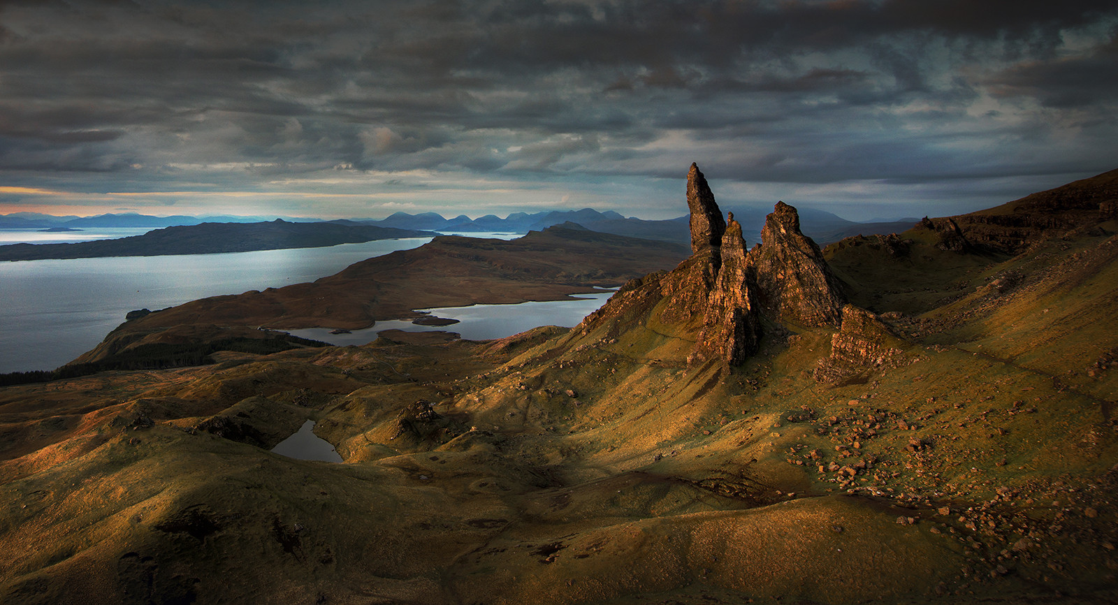 COLOUR - The Old Man of Storr by Roger Eager (12 marks)