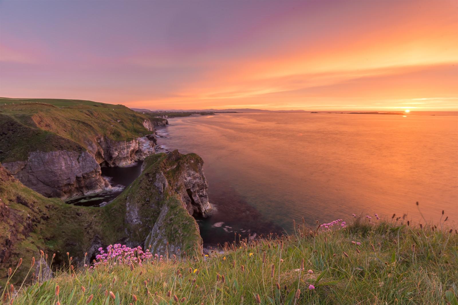 COLOUR - White Rocks Sunset by Philip Blair (8 marks)