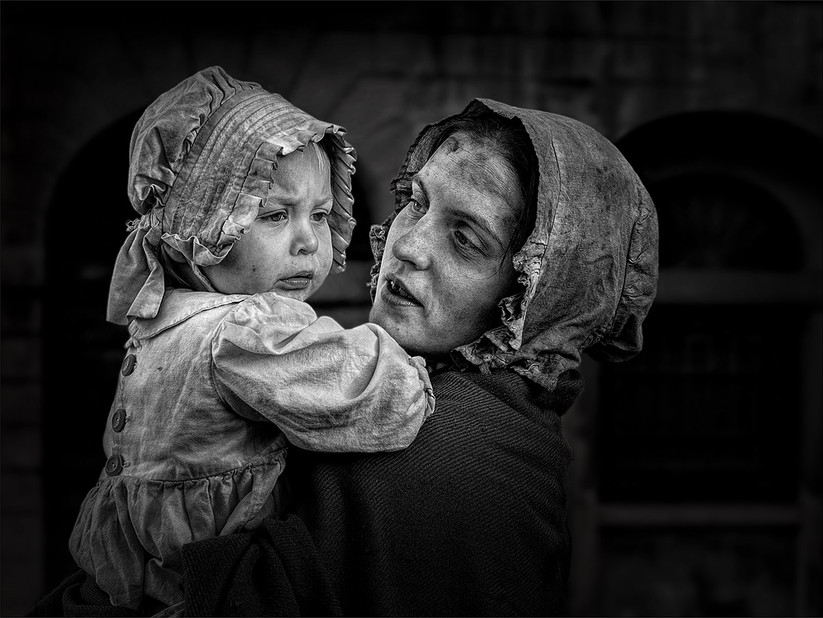 MONO - Mother and Child by Sharon Prenton Jones (19 marks)