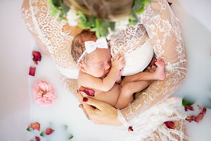 Rabe Newborn Shoot - SMALL-131.jpg