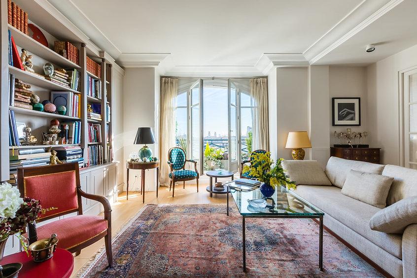 Rue Barbet luxury stay