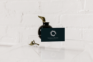Isabell Rubie Business Cards Mockup 2.pn