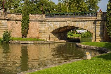 Castelnaudary Pont Canal du Midi Grand Bassin Train Touristique