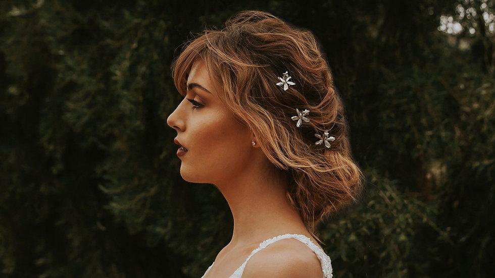Celeste Hairpin