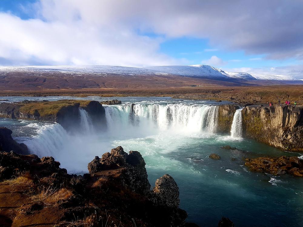 islande cascade GODAFOSS