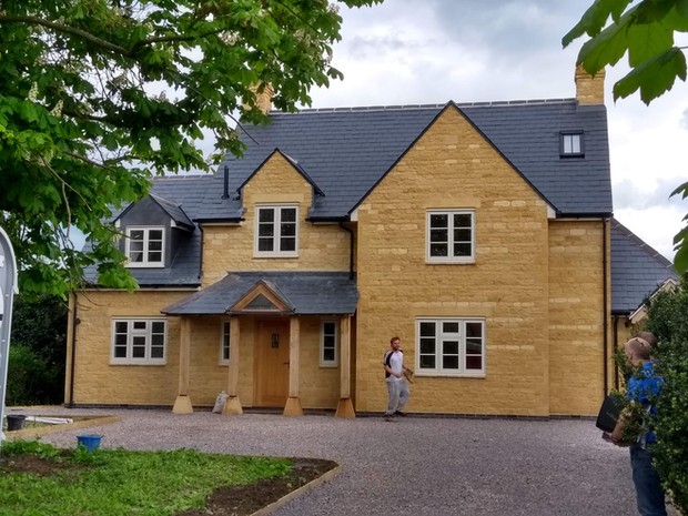 ILMINGTON NEW BUILDS COMPLETE