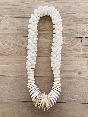 Layla Shell Necklace