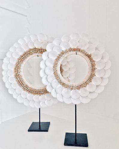 Empress White Seashell Round