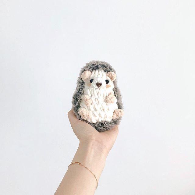 Beginner-Crochet hedgehog workshop