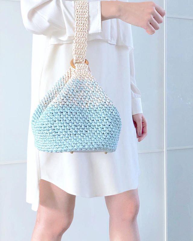 Beginner-Crochet Raffia Box Bag