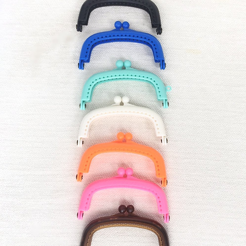 Plastic Bead Sew In Clasp Purse Frame 8.5cm