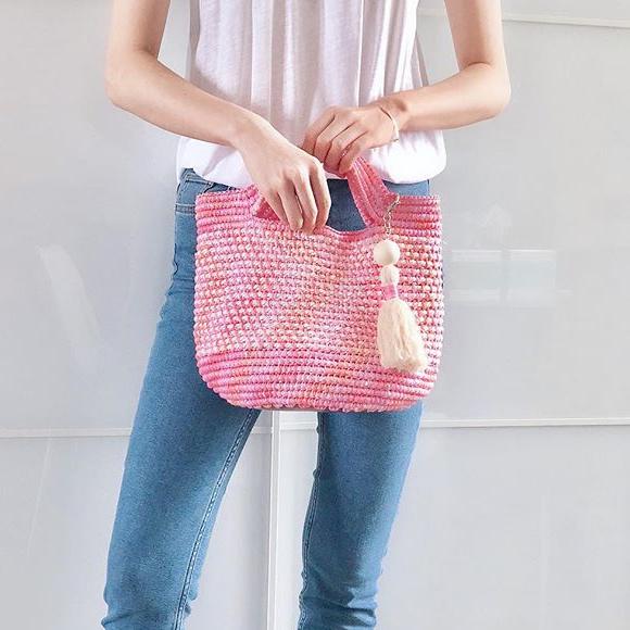 Beginner-Crochet Raffia Tote Bag