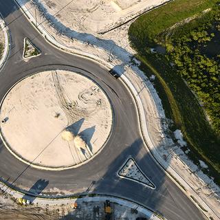 roundabout-lake-mark-img02.png