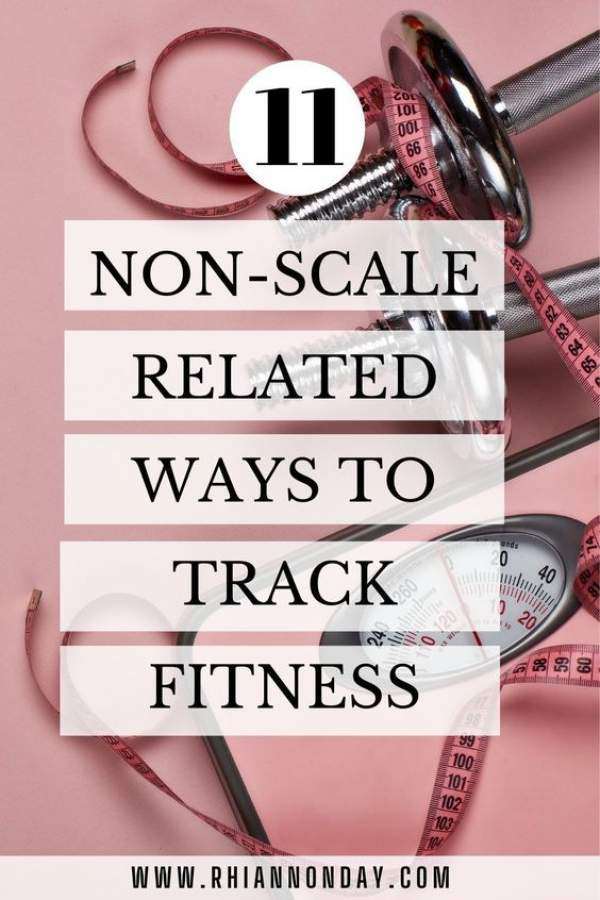 PSA: Your scale is lying to you! There are SO many more effective and empowering ways to check your fitness progress without tracking your weight. In this post, I give you 11 easy ways to measure your progress, so you're sure to see results from your healthy eating and exercise program FAST. #nutrition #fitness #bodyimage #weightloss #selfconfidence #bodyconfidence #fitnessgoals