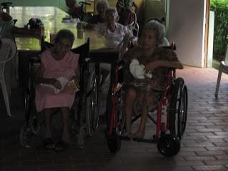 El Salvador Woman Tossed in Dumpster & Left to Die