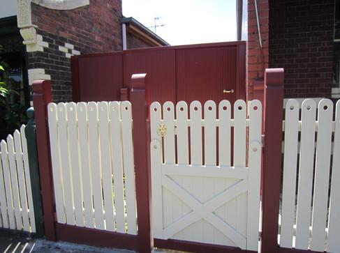 PIcket & Mini Orb Fence.JPG