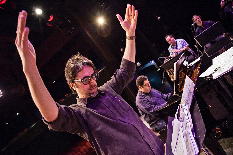 Dirigiendo en Broadway,  2013.jpg