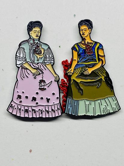 Two Fridas (Collar pins)
