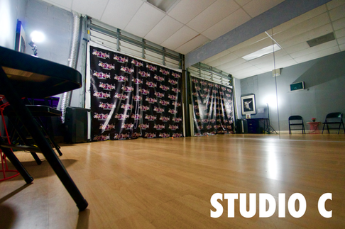 Show Stopper Studio C.PNG