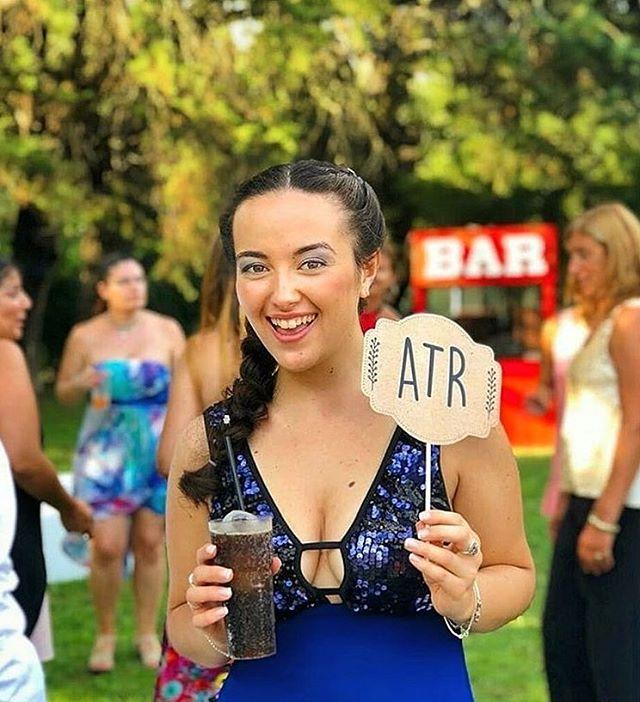 """""""A Todo Ritmo"""" en la boda de Paola y Santiago!🎉🤪 #ATR #props _maria.antonieta"""