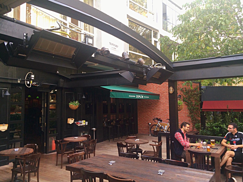Zeplin Pub Bağdat Caddesi