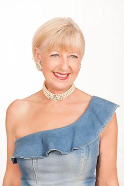 Lynnie Saint-James - author