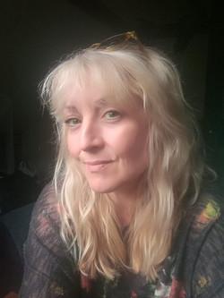 Caroline Emes (Cast)