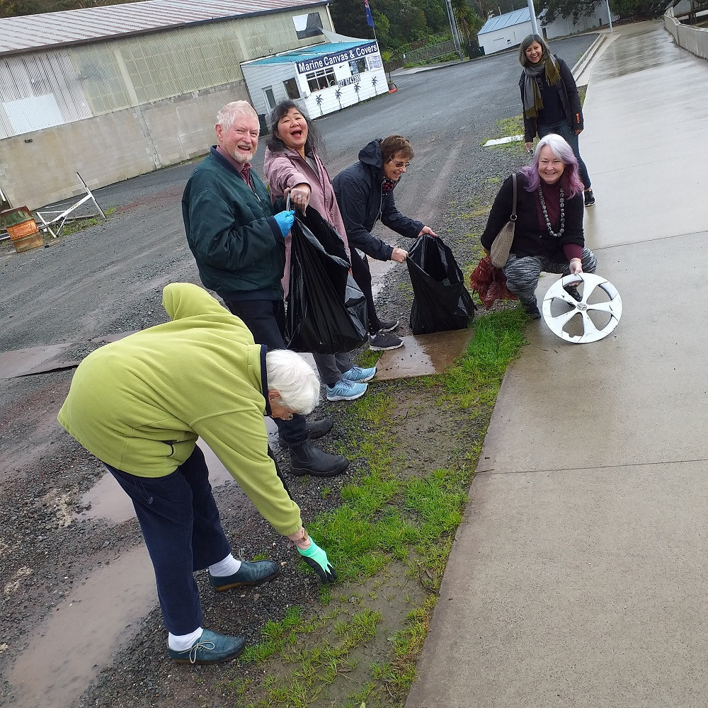 WINGS members help to Keep Whangarei Beautiful