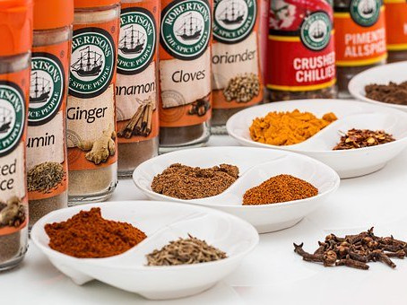 Can These Simple Spices Protect Your Dog & Cat?