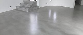 Appliquer-du-béton-ciré-sur-un-carrela