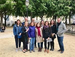 Paris walking tour with friends