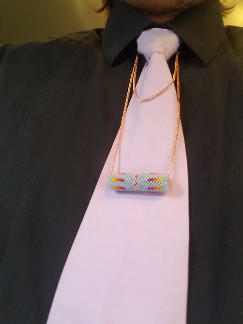 Beaded tie chain