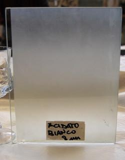 Acidato bianco