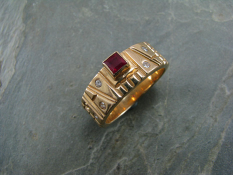 Sawtooth Stamped Gold Band with Ruby and Diamond by Cliff