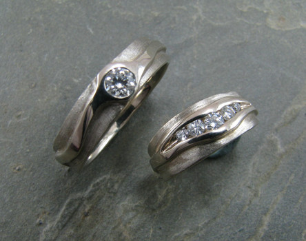 14KW River Ring Set w/ Diamonds by Cliff