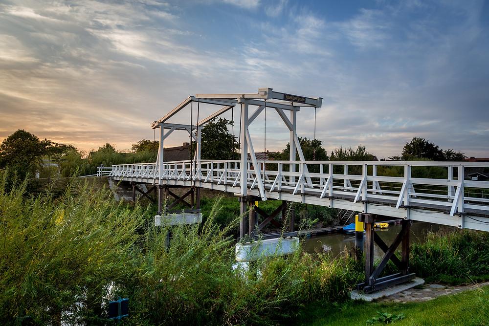 Hogendiekbrücke, Steinkirchen