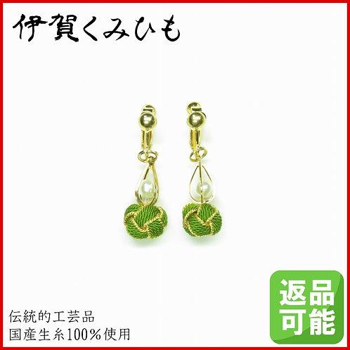 小田巻イヤリング(黄緑色)