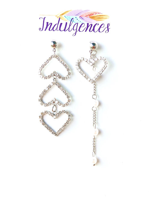 Unmatching hearts and pearls EABO