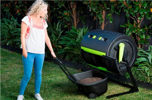 apartment composting methods, zero waste, food recycling, food waste management, gardening, compost tumbler
