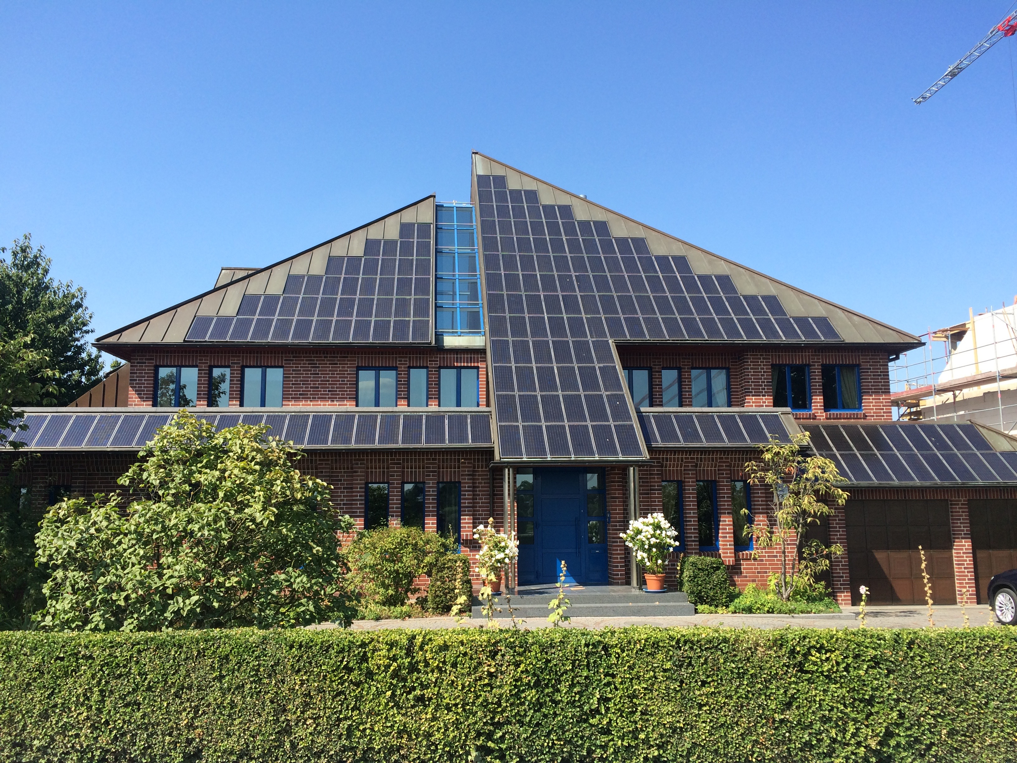Innovative solar roofing in DUS