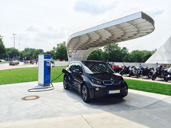 BMW i3, electric car, fast charging station, solar panels