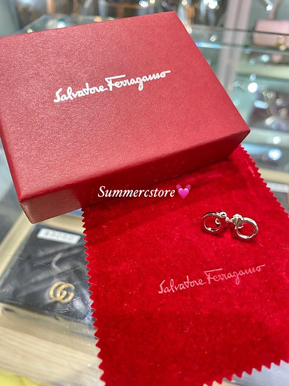 Ferragamo Earrings 銀色logo