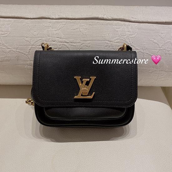 Louis Vuitton chain bag