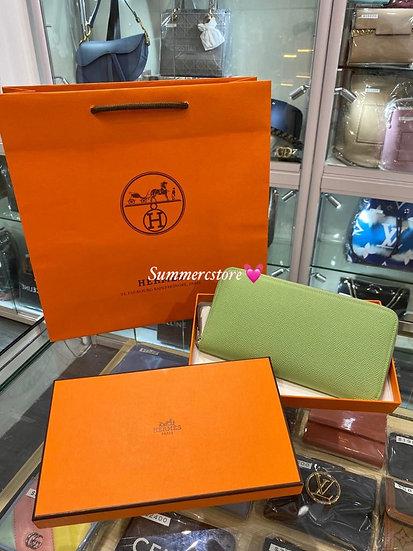 Hermes silk wallet 牛油果色