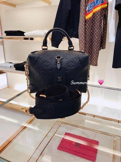 Louis Vuitton case bag ( 代購)
