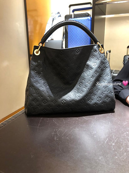Louis Vuitton artsy bag mm sizs (代購)