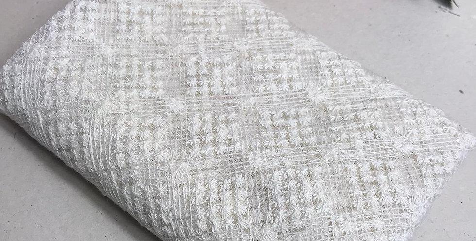 Tule com bordado de algodão