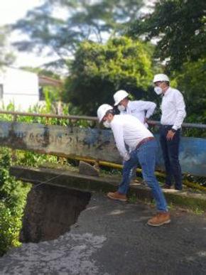 Puente peatonal como solución provisional en Moniquirá
