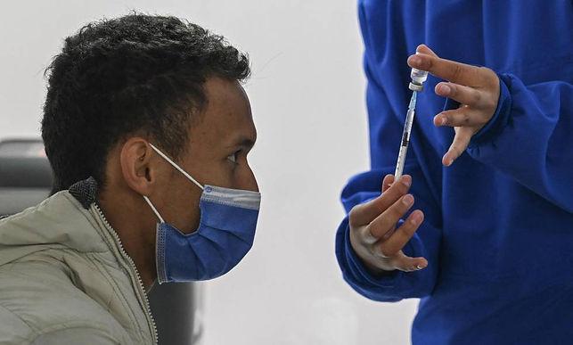 Hoy y mañana vacunarán a los mayores de 30 años en Tunja