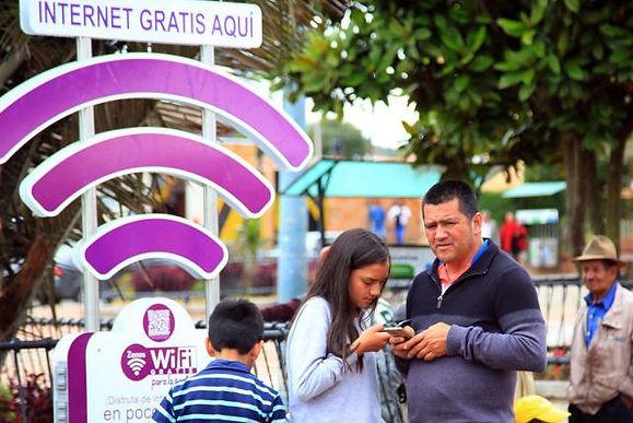 Para noviembre se espera sea adjudicado el contrato de internet gratuito para 10 mil veredas del país